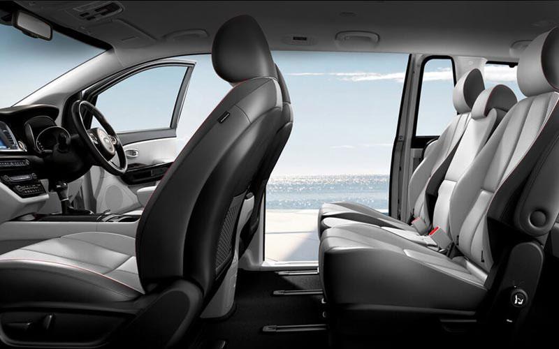 kia carnival 39 s diesel uberxl keyz uber rentals and uber finance. Black Bedroom Furniture Sets. Home Design Ideas